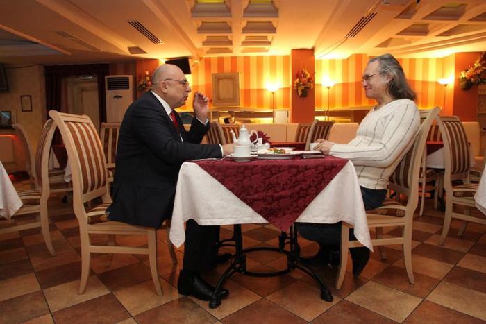 Капиталист - журнал о бизнесе, банкет-холл и ресторан Волна, деловой завтрак с Сергеем Мухортовым