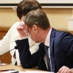 Барнаульская гордума проводила уходящий год ПЗЗ, параллельно избавившись от «тайного волеизъявления»