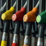 Росстандарт нашел фальсифицированное топливо на четырех заправках Алтайского края