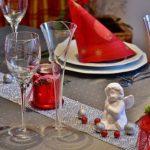 Не возводите еду в культ. Эксперты - о страхе растолстеть в новогодние дни