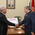 Губернатор Красноярского края принял отставку глав четырех районов