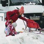 Настучи на сугроб. Жители Барнаула могут пожаловаться на неочищенные дороги и тротуары