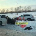 На алтайской трассе жестко столкнулись пять автомобилей