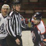 Барнаульские хоккеисты, выиграв в Саратове, остаются теневым лидером чемпионата