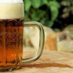 Жителя Рубцовска задержали за кражу пяти литров пива