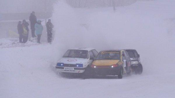 Чемпионат Алтайского края по зимним трековым гонкам завершился в Барнауле