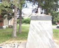 «Осталась одна голова»: в алтайском селе разрушили памятник Ленину