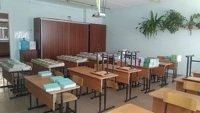 Барнаульские чиновники от образования ответили на жалобы родителей о сборе подаяний на покупку парт