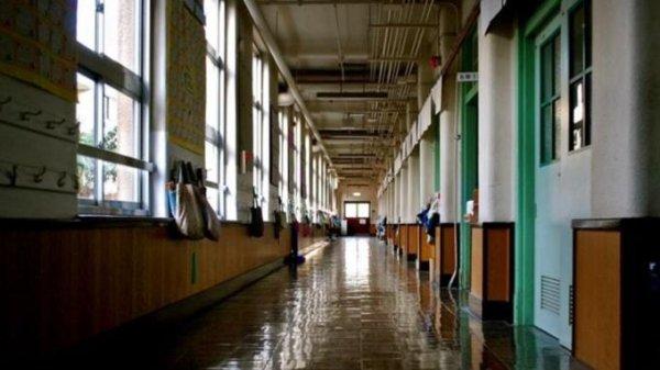 Противоэпидемиологические меры усилят в российских школах с 1 сентября