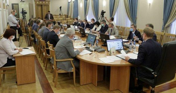 В Кабинете министров Алтайского края обговорили готовность школ к 1 сентября