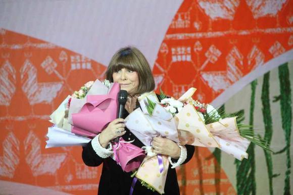 Актриса Наталья Варлей встретилась с барнаульцами