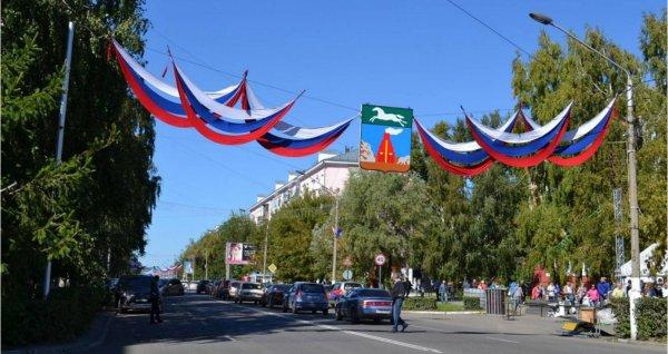 Барнаул украсили ко Дню города