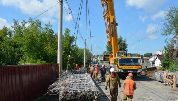 Барнаульцев просят с пониманием отнестись к ремонтам мостов