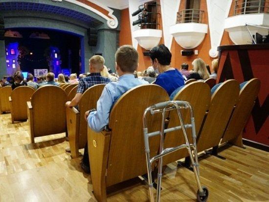 Первое представление показали в новом здании театра кукол «Сказка»