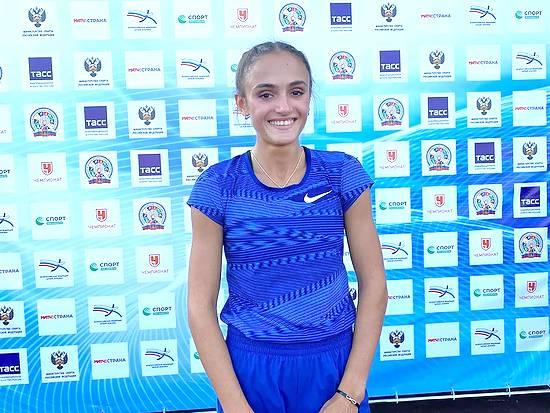 Студентка АГМУ Полина Миллер завершила летний спортивный сезон серебряной медалью в Италии