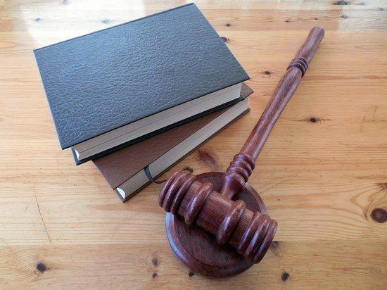 Сына осужденного замглавы Барнаула Демина обвинили в угрозах сотруднику ФСБ