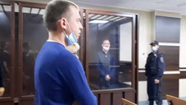 Сыну бывшего вице-мэра Барнаула предъявили обвинение ипродлили арест досередины ноября