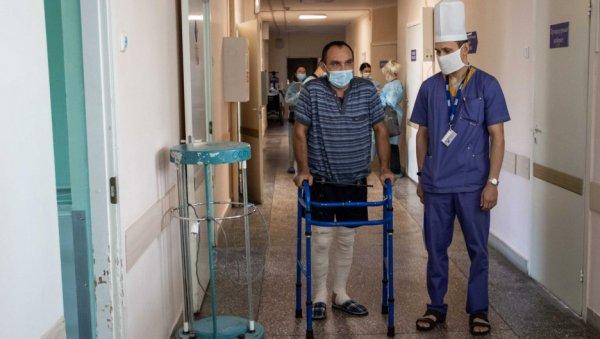 Упал— очнулся. Пациенты иврачи краевой больницы скорой помощи рассказали, как непросто вылечиться после ДТП