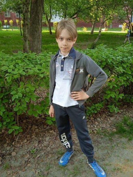 В Барнауле мальчик пропал после школьной линейки
