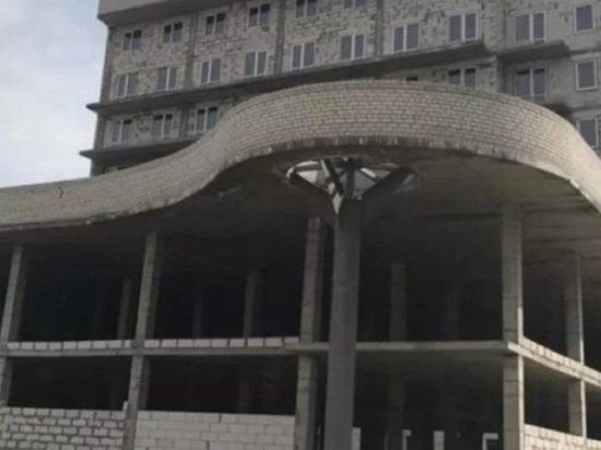 В Барнауле выставили на торги недостроенную гостиницу за 123 млн рублей