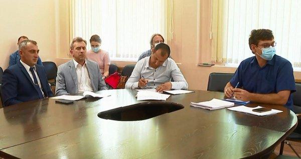 Вице-губернатор проверил, как выполняются поручения главы региона в Каменском районе