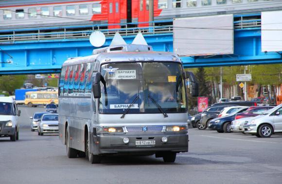 Водитель автобуса Новосибирск-Барнаул психанул и ушел