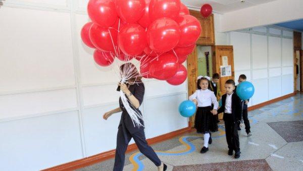 Зарплаты алтайских педагогов выросли с1сентября ипродолжат рост воктябре