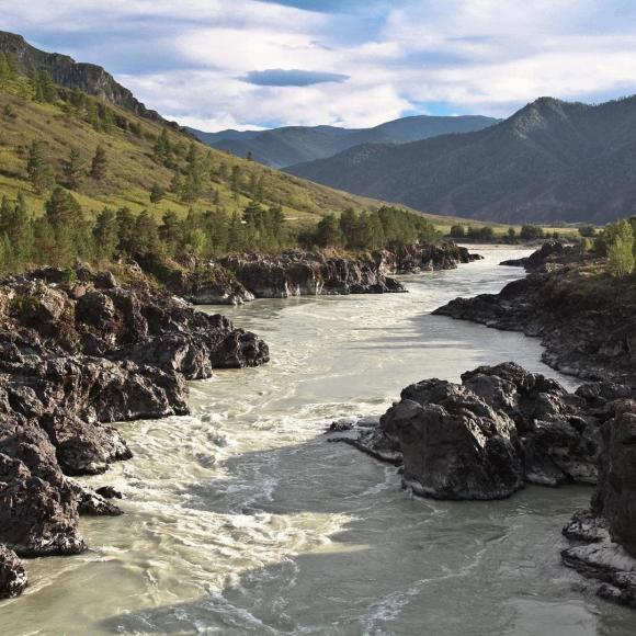 Жители Алтая хотят доказать, что Катунь - самая глубокая река России