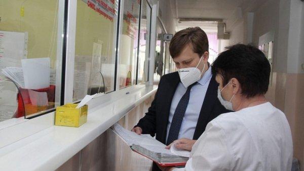 Алтайский министр здравоохранения резко высказался овакцинации иантипрививочных настроениях отдельных врачей