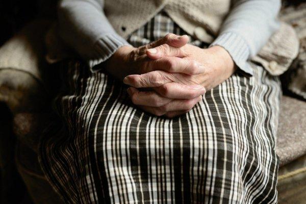 Алтайский следком заинтересовался удержанием пенсионерки в рубцовской больнице