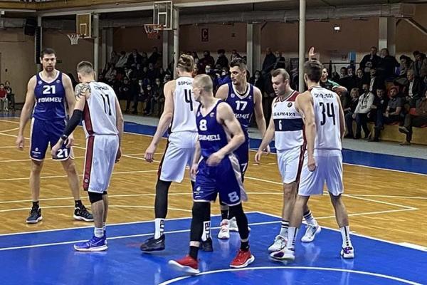 Баскетболисты «Барнаула» победили в дебютном матче Суперлиги-1
