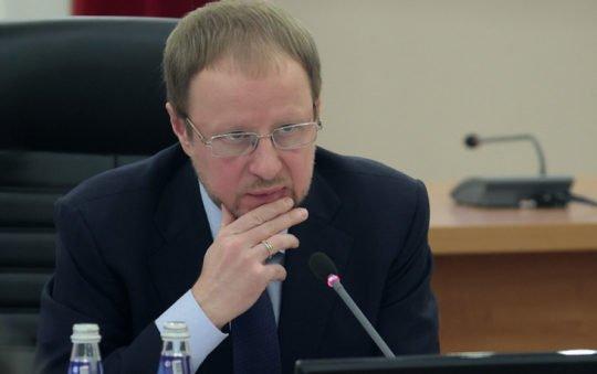 Губернатор Томенко ввел вАлтайском крае QR-коды иновые антиковидные запреты