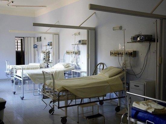 Реанимация в ковидном госпитале Бийска переполнена больными