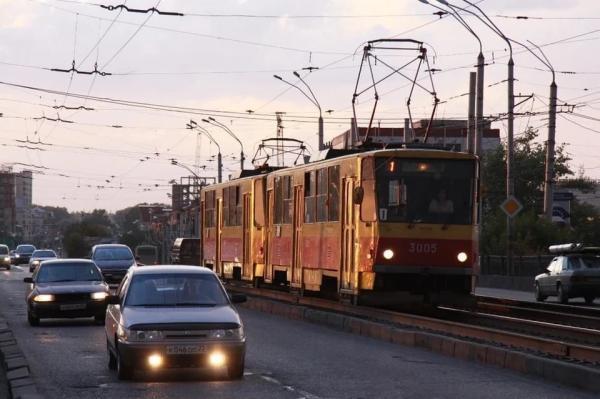 В Барнауле на время реконструкции моста у Нового рынка могут построить трамвайное разворотное кольцо