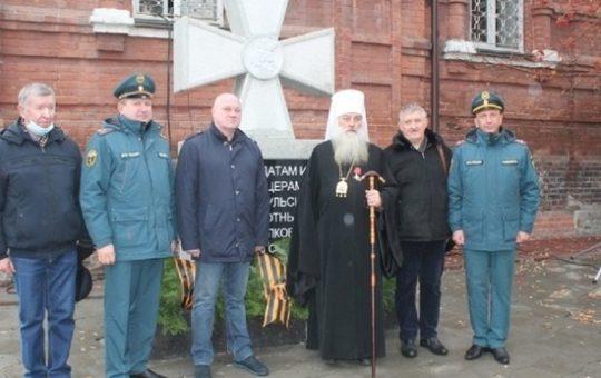 В Барнауле открыли памятник Георгиевским кавалерам