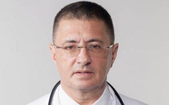 Врач Мясников назвал смертельно опасные для сердца лекарства
